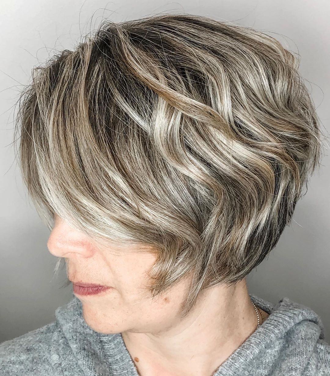 Short Bob with Loose Waves