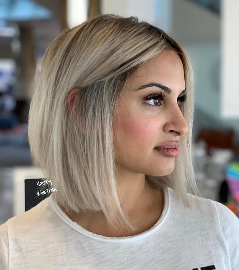 Regular Bob Haircut for Thin Hair