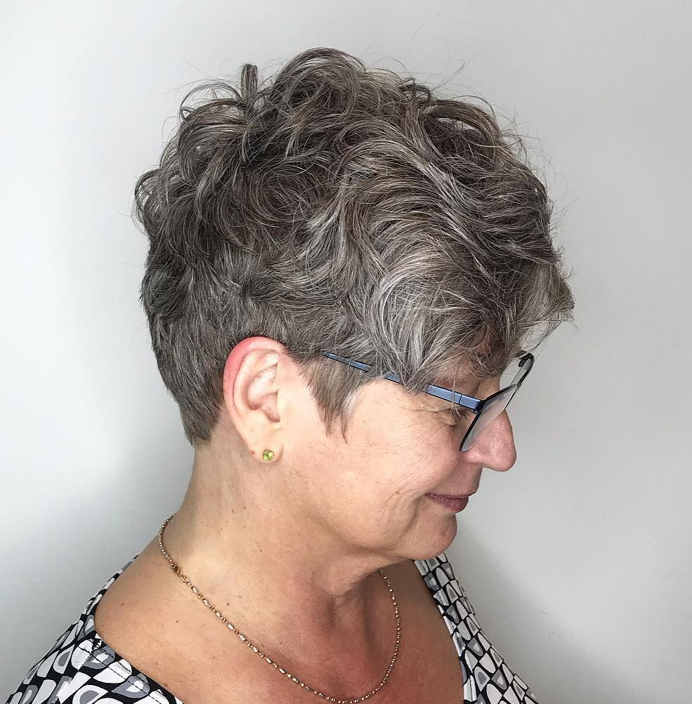 Tapered Wavy Pixie for Round Faces