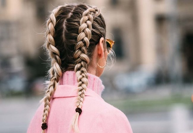Know about the main difference between french and dutch braid